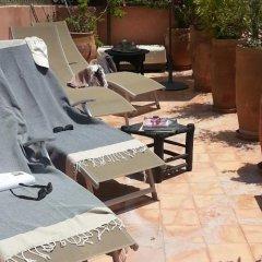 Отель Riad Azza Марокко, Марракеш - отзывы, цены и фото номеров - забронировать отель Riad Azza онлайн бассейн