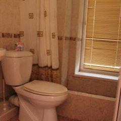 Гостиница Домик на Акациях в Сочи 5 отзывов об отеле, цены и фото номеров - забронировать гостиницу Домик на Акациях онлайн ванная