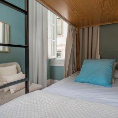 Passport Lisbon Hostel 2* Кровать в женском общем номере фото 6