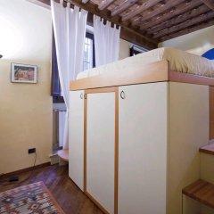 Отель Locappart-fiesolana сейф в номере