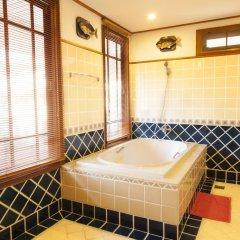 Отель Sirinthara Вилла с различными типами кроватей фото 5