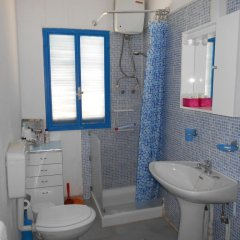 Отель Holiday home Riserva Marina Protetta Италия, Сиракуза - отзывы, цены и фото номеров - забронировать отель Holiday home Riserva Marina Protetta онлайн ванная