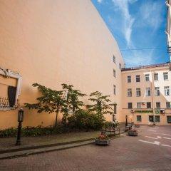 Отель Spb2Day Bolshaya Konyushennaya 3 Санкт-Петербург парковка