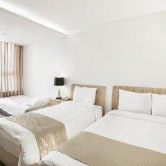 Отель Hyundai Residence Seoul 3* Стандартный семейный номер с 2 отдельными кроватями