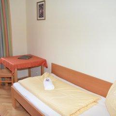 Отель Gästehaus Im Priesterseminar Salzburg 3* Стандартный номер фото 9