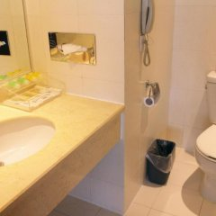 Beijing Continental Grand Hotel ванная фото 2