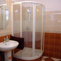 Отель Warsaw Budget Apartments Польша, Варшава - отзывы, цены и фото номеров - забронировать отель Warsaw Budget Apartments онлайн ванная