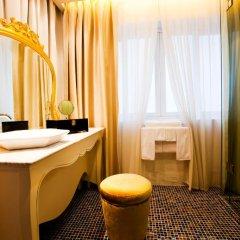 Hotel de lOpera Hanoi - MGallery Collection 5* Номер Делюкс с различными типами кроватей фото 2