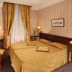 Hotel Condotti 3* Стандартный номер с двуспальной кроватью фото 4