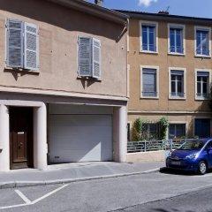 Отель La Closerie de Fourvière Франция, Лион - отзывы, цены и фото номеров - забронировать отель La Closerie de Fourvière онлайн парковка