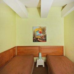 Отель Sleep In BnB 3* Стандартный номер с 2 отдельными кроватями (общая ванная комната) фото 7