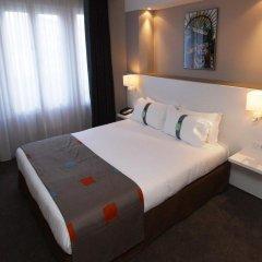 Отель Holiday Inn Paris - Auteuil 3* Стандартный номер с различными типами кроватей
