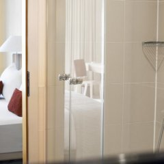 Отель Le Méridien Munich 5* Улучшенный номер с различными типами кроватей фото 7