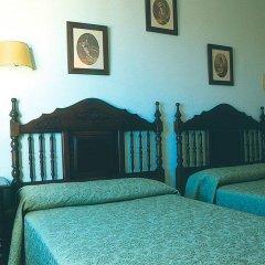 Отель Hostal Macami Стандартный номер с различными типами кроватей фото 4