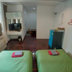 Отель B&b 22 House Бангкок комната для гостей фото 3