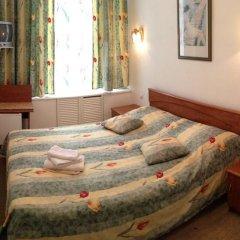 Гостиница Ист-Вест 4* Стандартный номер двуспальная кровать