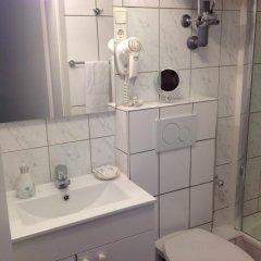 Отель Pension Lindner Германия, Мюнхен - отзывы, цены и фото номеров - забронировать отель Pension Lindner онлайн ванная фото 2