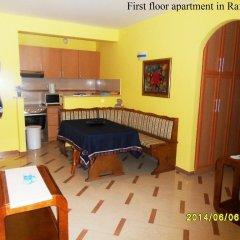 Апартаменты Apartments Rafailovici в номере