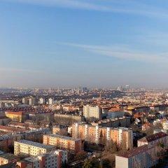 Отель A&O Prague Rhea балкон
