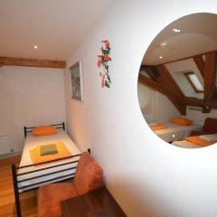Хостел Doma Стандартный номер с 2 отдельными кроватями фото 5