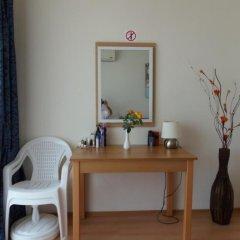 Апартаменты Sea View Apartment in New Line Village Свети Влас удобства в номере
