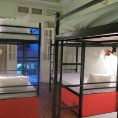 Hanoi Massive Hostel Кровать в общем номере с двухъярусной кроватью фото 4