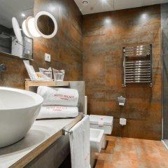 Отель Petit Palace Tamarises 3* Улучшенный номер с различными типами кроватей фото 4