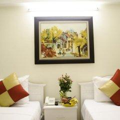 Blue Moon Hotel 2* Улучшенный номер с различными типами кроватей
