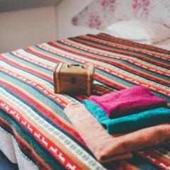 Хостел Крыша Стандартный номер двуспальная кровать фото 6
