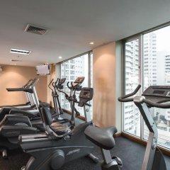 Отель Adelphi Suites Bangkok фитнесс-зал фото 4