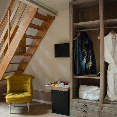 Отель Black 5 Florence 4* Стандартный номер с двуспальной кроватью фото 9