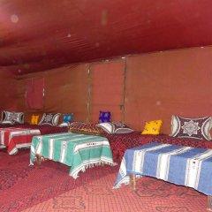 Отель Auberge Les Roches Марокко, Мерзуга - отзывы, цены и фото номеров - забронировать отель Auberge Les Roches онлайн комната для гостей фото 3