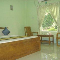 Отель Mya Kyun Nadi Motel 2* Улучшенный номер с различными типами кроватей фото 3