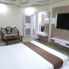 Hotel Royal Castle 3* Улучшенный номер с различными типами кроватей фото 4