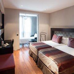 Отель Catalonia Port 4* Стандартный номер с различными типами кроватей фото 3