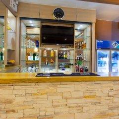 Nailons Hotel гостиничный бар