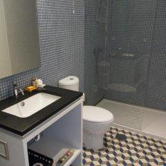 Отель YOURS GuestHouse Porto 4* Стандартный номер двуспальная кровать (общая ванная комната) фото 8