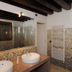 Отель Riva De Biasio Италия, Венеция - отзывы, цены и фото номеров - забронировать отель Riva De Biasio онлайн ванная
