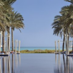 Park Hyatt Abu Dhabi Hotel & Villas 5* Стандартный номер с различными типами кроватей фото 9