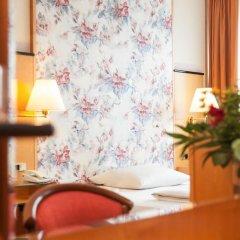 Living Hotel am Deutschen Museum by Derag 3* Номер категории Эконом с различными типами кроватей фото 2