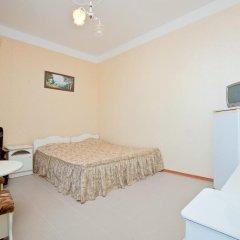 Гостевой дом Уют 2* Стандартный номер с двуспальной кроватью фото 9