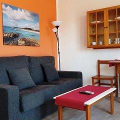 Отель Apartaments California комната для гостей фото 3
