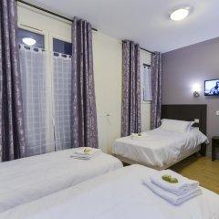 Отель Hôtel du Quai de Seine 2* Стандартный номер с различными типами кроватей фото 13