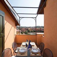 Отель Borgo Del Torchio B1 Манерба-дель-Гарда питание