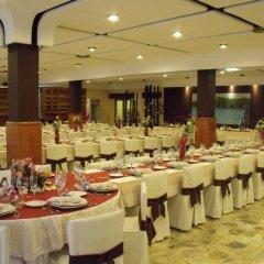 Отель Hostal Salones Victoria фото 2