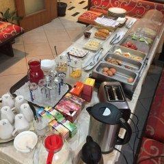Hotel Lazuren Briag питание