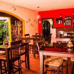 Отель Real Colonial Hotel Гондурас, Тегусигальпа - отзывы, цены и фото номеров - забронировать отель Real Colonial Hotel онлайн гостиничный бар