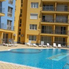 Отель Kerkelov Apartment Болгария, Солнечный берег - отзывы, цены и фото номеров - забронировать отель Kerkelov Apartment онлайн бассейн фото 2