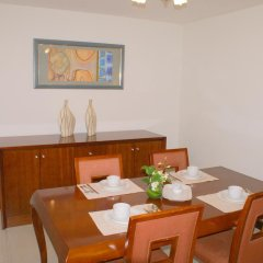 Star Metro Deira Hotel Apartments 4* Люкс с различными типами кроватей фото 2