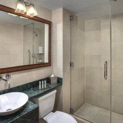 Отель DoubleTree by Hilton New York Downtown 4* Стандартный номер с различными типами кроватей фото 9